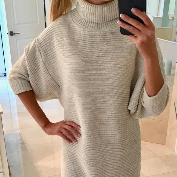 c40b0f1f2ea Nasty Gal Oversized Turtleneck Sweater Dress. M 5b85cb0b4ab633d8106e7c74